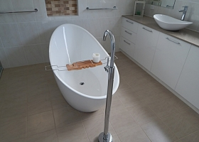 Bathroom Renovations Birkdale 36